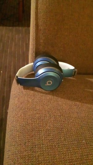 Beats solo for Sale in Las Vegas, NV
