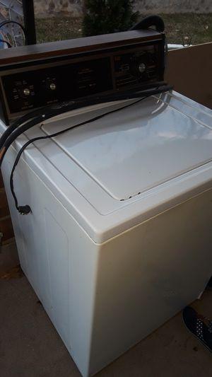 vendo lavadora en muy buen estado ya no la nesesito for Sale in Fairfax, VA