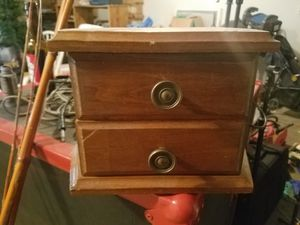 Jewelry box for Sale in Caney, KS