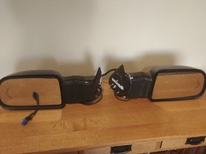 2005 GMC /Chevy 2500 truck extendable power mirrors for Sale in Everett, WA