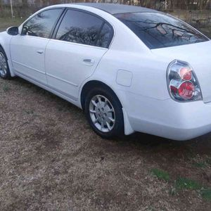 2006 Nissan Altima runs and drives great no leaks for Sale in Oklahoma City, OK