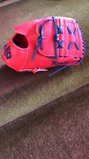 Nokona Baseball Glove for Sale in Whittier, CA