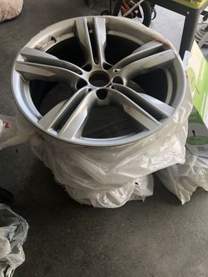 Bmw 2014 x5 rims for Sale in Buford, GA
