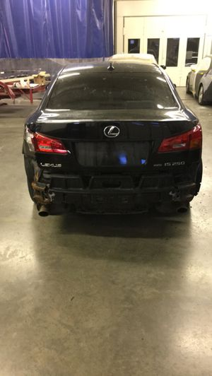 2007 AWD IS 250 PART OUT COMPLETELY for Sale in Boston, MA