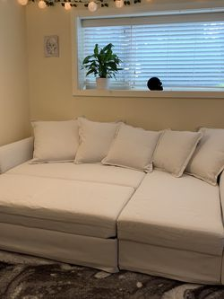Grey Sleeper Sectional Couch Sofa for Sale in Seattle,  WA