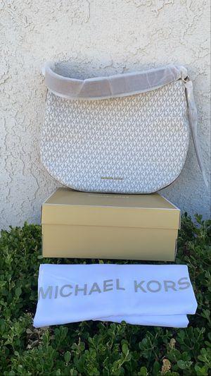 Michael kors purse for Sale in South El Monte, CA