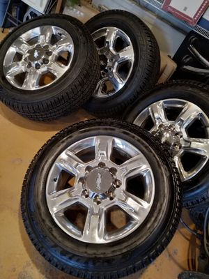 8-Lug HD truck Wheels (Tires Separate) for Sale in St. Louis, MO
