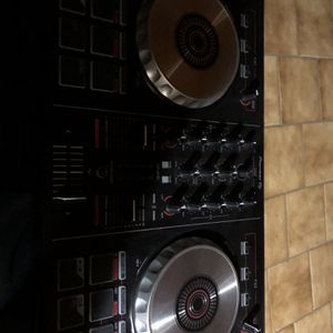 Pioneer DJ Controller for Sale in Homestead, FL