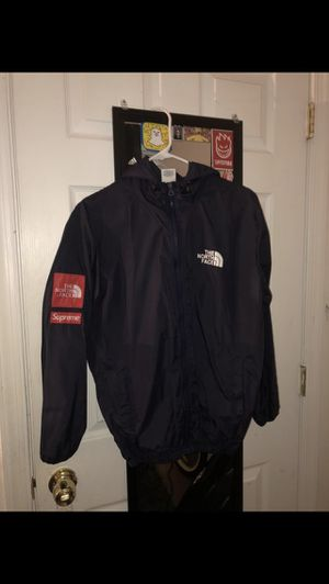 supreme x north face for Sale in Manassas, VA
