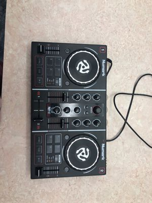 Numark Turn Table for Sale in Sarasota, FL