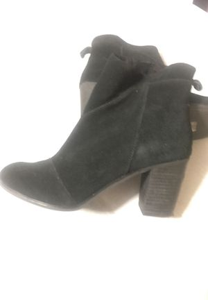 Toms size 8 booties-only worn 1x for Sale in New York, NY
