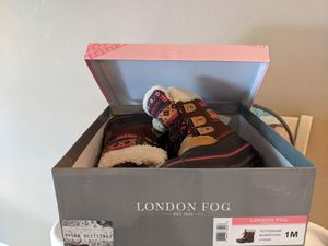 London fog kids size 1 snow boots for Sale in Bella Vista, AR