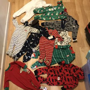 New & like new baby boy footed winter clothes for Sale in Phoenix, AZ