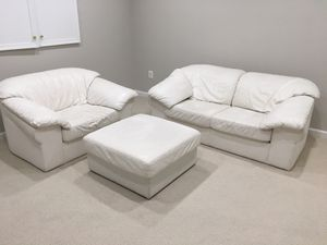 Leather Center White Leather Sofa Set 4 pieces for Sale in McLean, VA