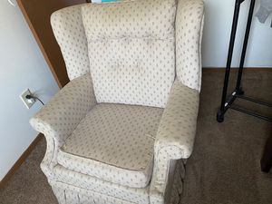 Single sofa for Sale in Columbus, OH