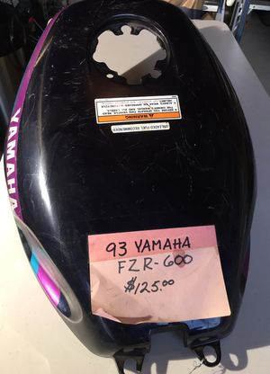 1993 Yamaha YZR600 Gas Tank Cover for Sale in Snohomish, WA