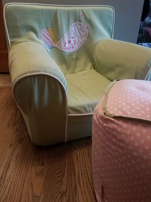 Chair-kids oversized for Sale in Rosemount, MN
