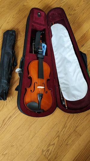 Violin 3/4and shelf for Sale in Upper Arlington, OH