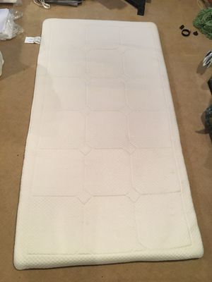 """Soft-Tex memory foam twin mattress topper - 2 1/2"""" thick for Sale in Potomac, MD"""