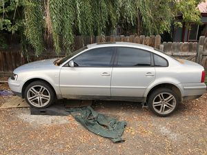 02 VW Passat parts car for Sale in Prineville, OR