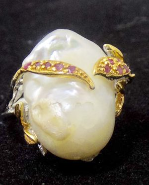 Sterling Silver Cultured Pearl and Ruby Ring with Gold accents for Sale in Cedar Creek, TX