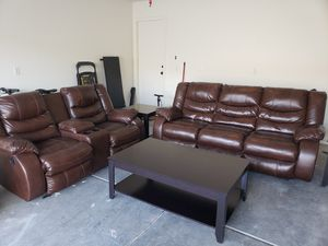 Brown leather couch set, coffee table and end table for Sale in Las Vegas, NV