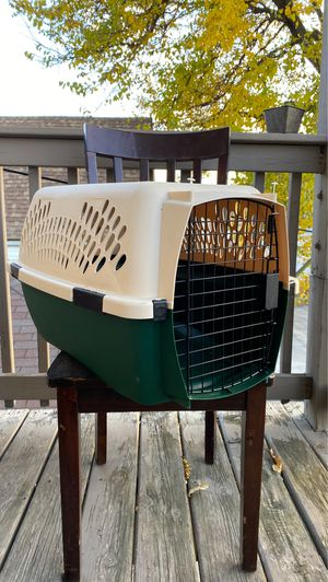 Ruff Maxx Kennel (Travel Dog Crate) for Sale in Chicago, IL