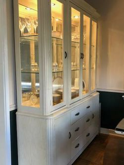 China Cabinet for Sale in Pedricktown,  NJ