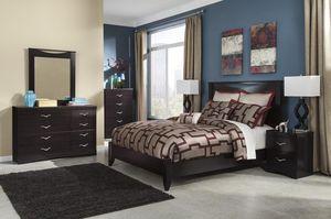 Zanbuuury Merlot Panel Bedroom Set for Sale in Fairfax, VA