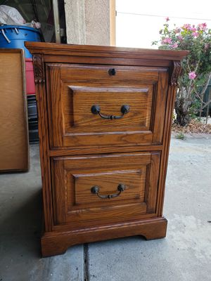 OAK 2 Drawer File Cabinets for Sale in Rancho Cucamonga, CA