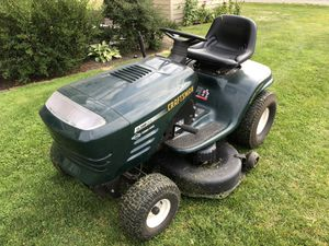 Craftsman 42 inch riding mower for Sale in Clinton, WA