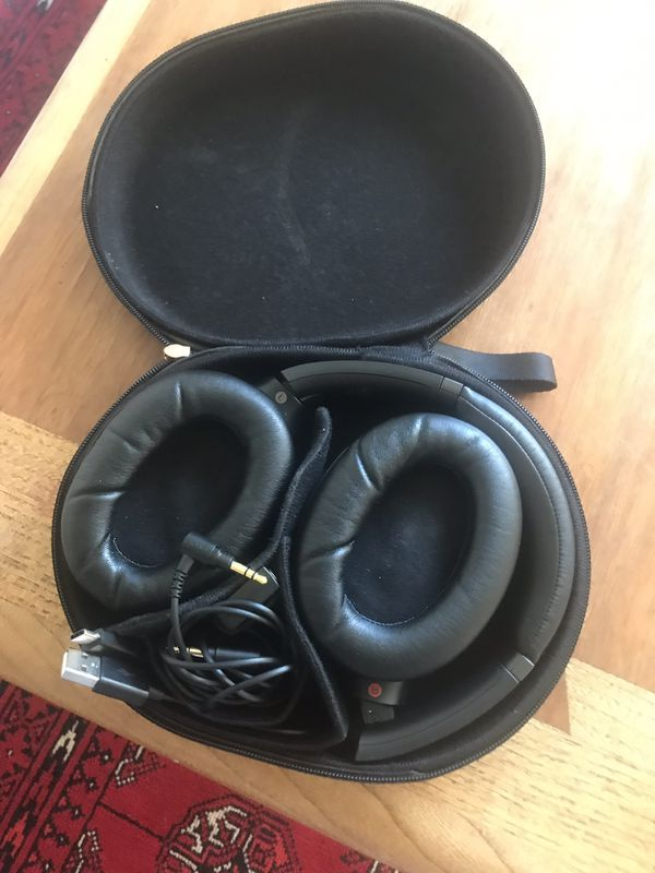 Sony - WH-1000XM3 Wireless Noise Canceling Over-the-Ear Headphones