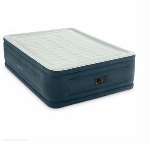 """Air mattress queen intex 24"""" for Sale in Coral Gables, FL"""