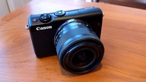 Canon m100 mirrorless camera for Sale in Detroit, MI