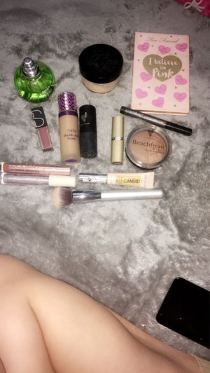Make up bundle for Sale in Swansea, IL