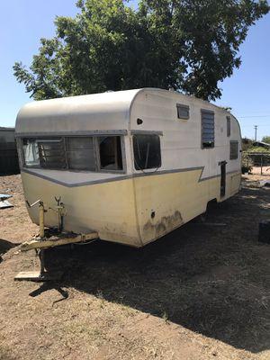 1950s SHASTA DELUXE VINTAGE CAMPER TRAILER CANNED HAM for Sale in Lemon Grove, CA