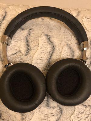 Headphones wireless for Sale in Bellevue, WA