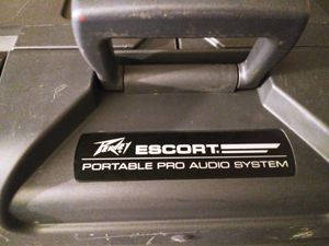 PEAVEY ESCORT PORTABLE PRO AUDIO SYSTEM for Sale in Houston, TX