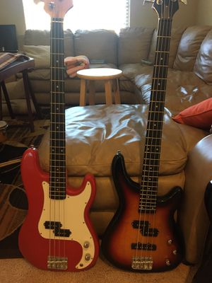 Bass guitar for Sale in Las Vegas, NV