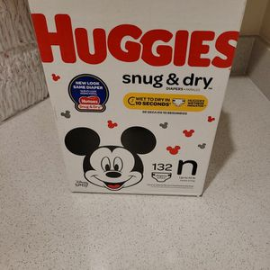 New Huggies Snug & Dry Diapers. Newborn. for Sale in Rialto, CA