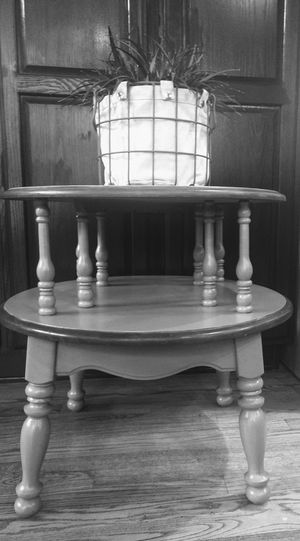 """Gray 2-Tier Decorator Accent Table 25"""" Round 24"""" H for Sale in Arvada, CO"""