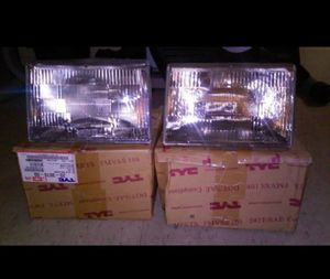 94-98 Jeep Grand Cherokee Headlights!⭐MAKE AN OFFER⭐ for Sale in Miami, FL