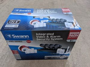 Swann 8 Channel Security Camera System Pro Series for Sale in Irwindale, CA