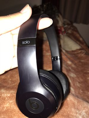 Beats solo 3 headphones for Sale in Las Vegas, NV