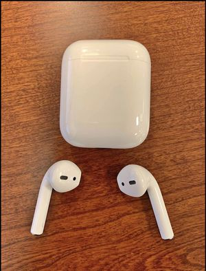 NEW AIRPODS 2ND GENERATION GOOD CONDITION for Sale in Chattanooga, TN