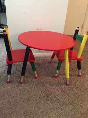 Kid's table and chairs for Sale in Downers Grove, IL
