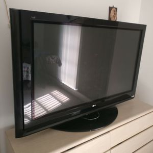 LG 60 Inch Plasma TV for Sale in Fort Lauderdale, FL