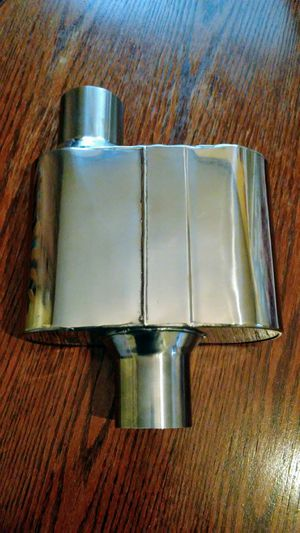 Polished single chamber muffler exhaust flowmaster knock off NEW for Sale in San Bernardino, CA