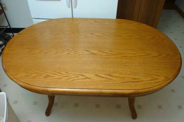 TABLE Kitchen Dinette Dining for Sale in Brownsville,  PA