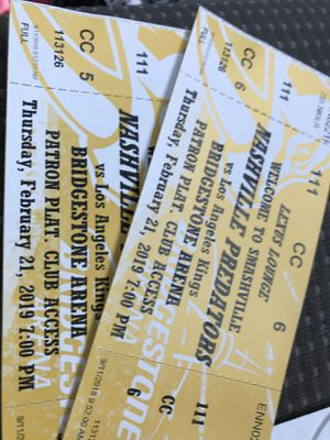 Nashville Predators Tickets for 2/21, includes Lexus Lounge, Great seats. for Sale in Smyrna, TN